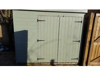 Shed 8x6 excellent condition