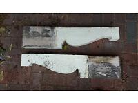 Gallow brackets (timber)