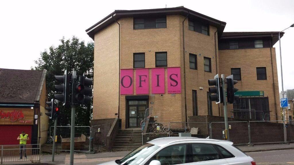 Refurbished offices in Glasgow opposite Maryhill Burgh Halls - £22/ week/ workstation