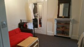 **Large Double Room**Golders Green**Brent Cross**Couples Or Sharers**