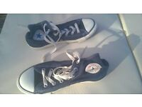 Converse Boots navy blue size 4
