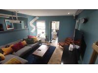 2 bedroom house in Haven Lane, London