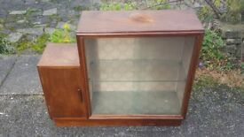 A Lovely Sweet Vintage/Retro 1950's Glass Fronted Bookcase/Display Cabinet with Side Cupboard