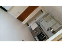 For Rent-Spacious 1 bedroom within the centre of a picturesque town,complete with all amenities..