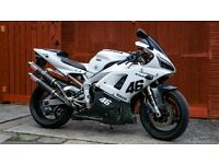 YZF Yamaha R1 1000 CC - perfect condition