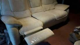 Comfy good quality 3 piece recliner suite