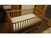 Wooden cot + mattress