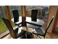 Glass expandable table & 4 chair