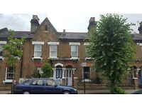 2 bed terraced house to rent in London W10