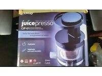 JUICEPRESSO 'SLOW' JUICER 40 RPM - BETTER THAN MATSTONE, HUROM, OMEGA