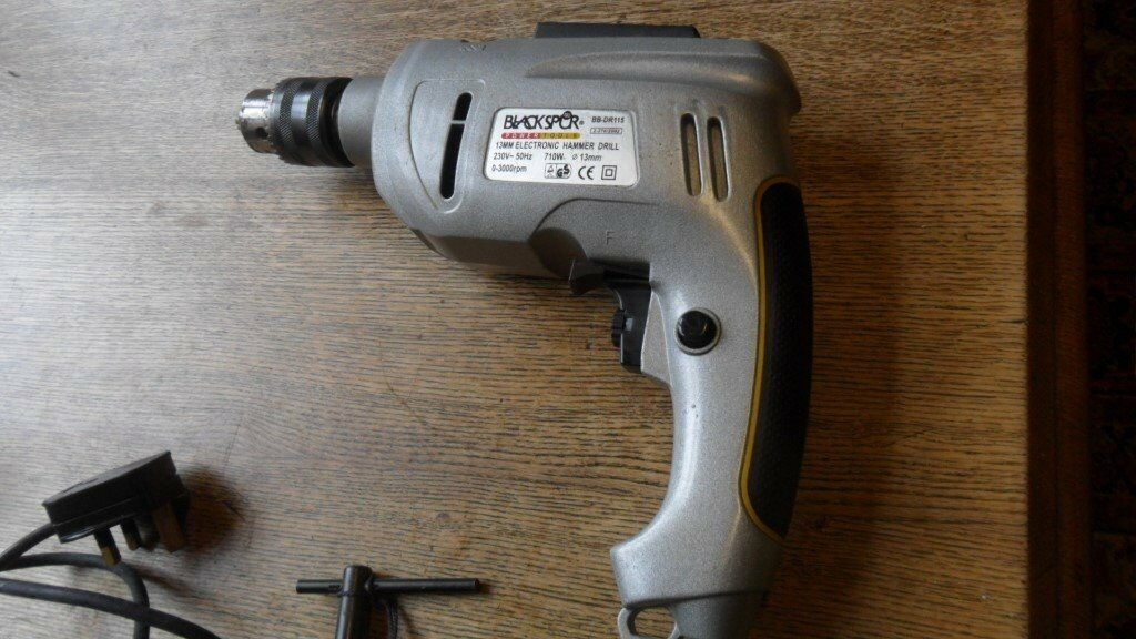 Blackspur electronic Hammer drill with screwdriver bits , good condition ,very little use.