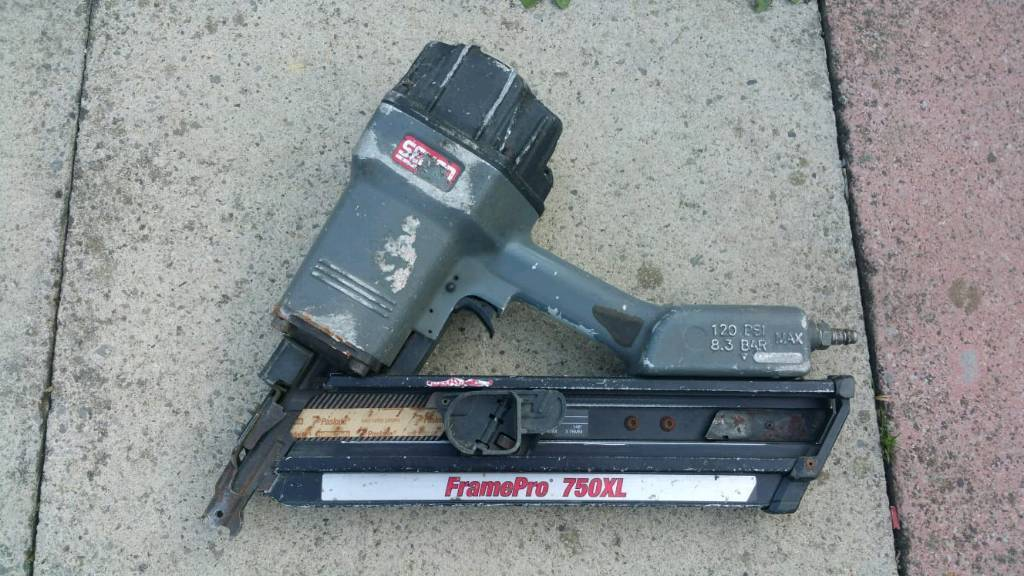 Compressor nail gun