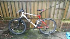 Trek dual suspension XC bike