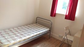Modern Furnished Student Room in Cambridge City Centre CB4 £520pcm All Inc
