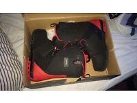 Men's size 11 red/black Solomon Dialogue snowboard boots