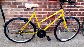 Ladies Mountain bike 26 inch wheels