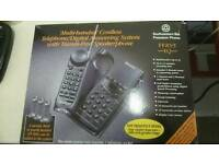 Multi-handset cordless Telephone/Digital answering system