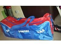 Sports wheely Bag