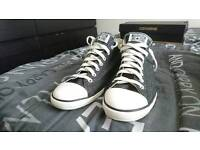 NEW CONVERSE SHOES - IN BOX - BARGAIN.