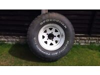 Ford F100 set of 5 wheels