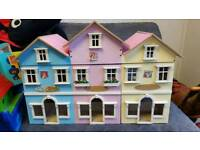 Dolls play house - shop front