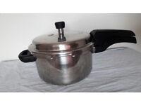 Prestige Deluxe Alpha 5.5 L Pressure Cooker (Stainless Steel)