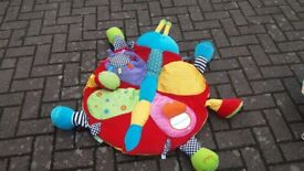 Baby play and actiivity mat