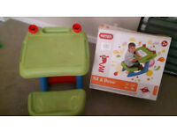 Keter Sit 'N' Draw Creativity Desk Green Red and Blue