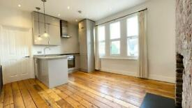 1 Bedroom Flat To Rent On Romford Rd £1150