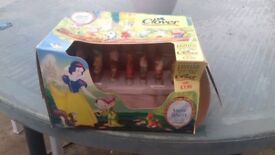CLOVER DISNEY TOAST RACK LIMITED EDITION COLLECTABLE