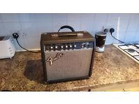 New Fender Frontman 15 Watt Amp