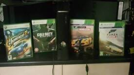 Black Xbox 360 250g with 5 games