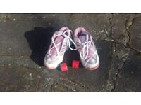 Girls Roller Shoes Skate Trainers Sneakers Wheel Heelys Size 2
