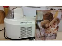 Gelato ice cream maker complete with recipe book
