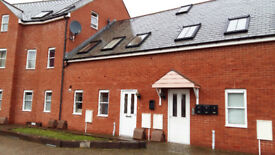 Two bed flat in Crediton