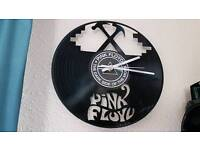 PINK FLOYD WALL CLOCK.DARK SIDE OF THE MOON. VINYL DISC..COLLECTABLE