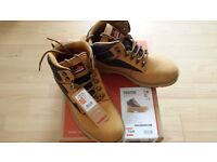 NEW - SCRUFFS Twister UK10 Safety Boots - RRP £44.99 Screwfix