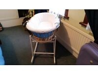 Moses basket with rocking stand, mattress and cover
