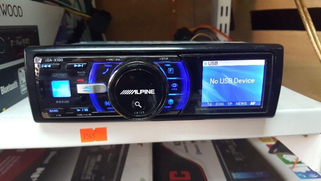 Alpine iDA-X100 Car Stereo,USB,iPod,iPhone