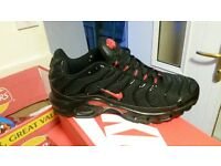 nike tns size 9 and 10