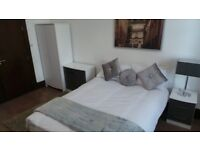 ** CENTRAL LOCATED STYLISH STUDIO - PAISLEY ROAD WEST - £595 ALL INCLUSIVE - AVAILABLE 12TH JUNE**
