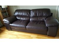 Lovely leather sofa in excellent condition