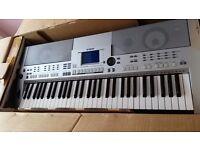 Yamaha PSR-S500 keyboard for sale