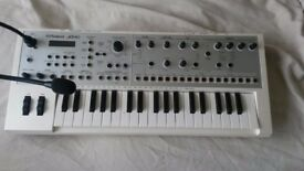 ROLAND SYNTH JD XI
