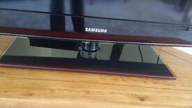40 Inch Samsung LCD 1080P TV