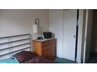 Double Bedroom Available - Feb 1st