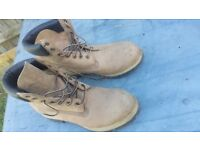 Mens Original Timberland UK Size 8 Boots - As NEW - Can post or deliver local FREE