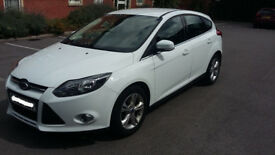 Ford Focus 1.6 Zetec Powershift 5dr 63 Reg Automatic with LOW MILAGE