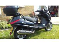 07 piaggio x8 400cc premium met black 1 owner