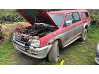 Mitsubishi l200 breaking parts available
